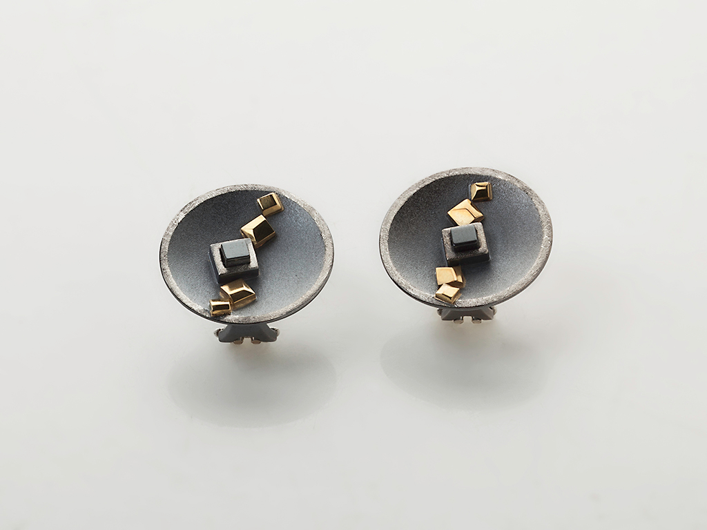 Earrings oxidized sterling silver, 18kt yellow gold, onyx, clip and post