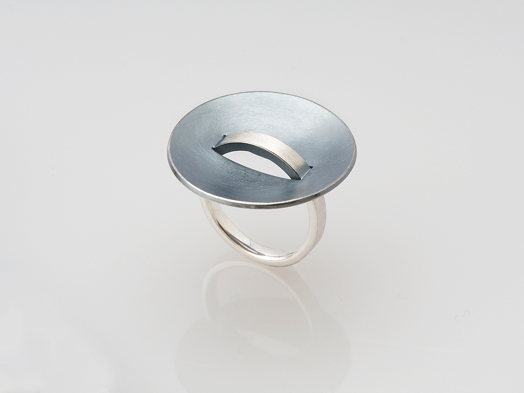 Ring sterling silver and oxidized sterling silver