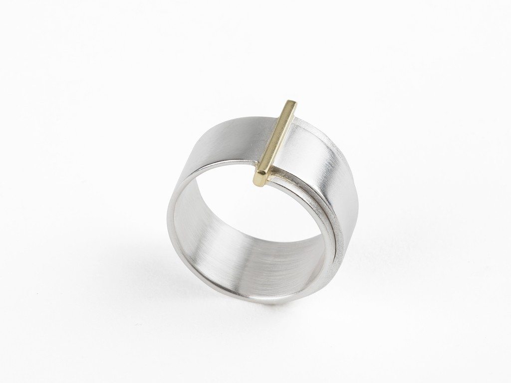 Ring sterling silver, 18kt yellow gold